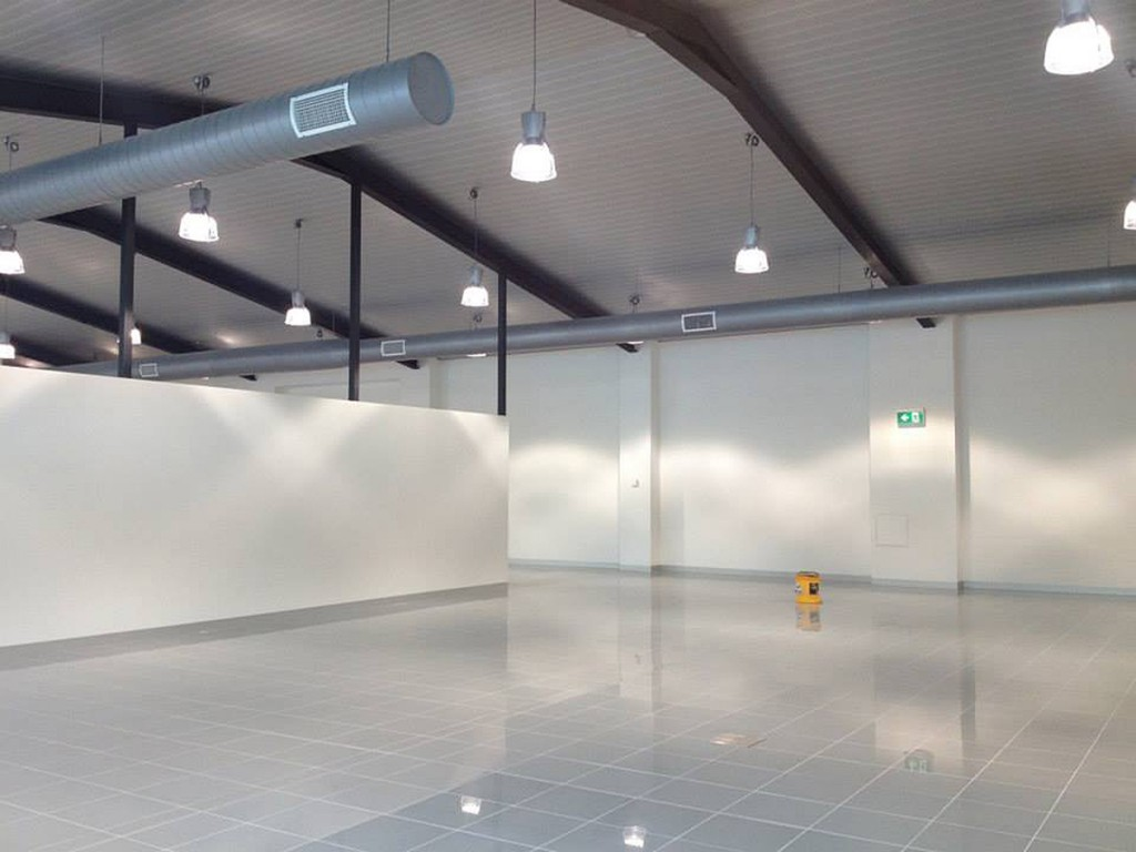 Commercial projects mcm tile stone for Mercedes benz toorak